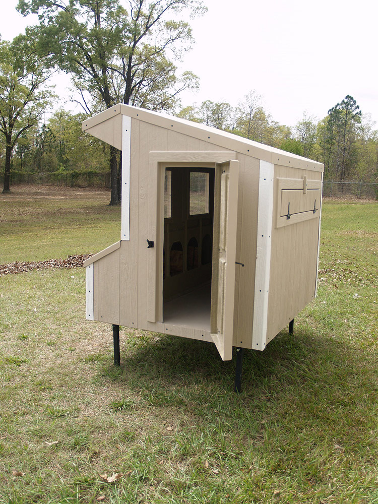 Fiberglass 5x6 chicken coop up to 15 chickens from my for Chicken coop size for 6 chickens