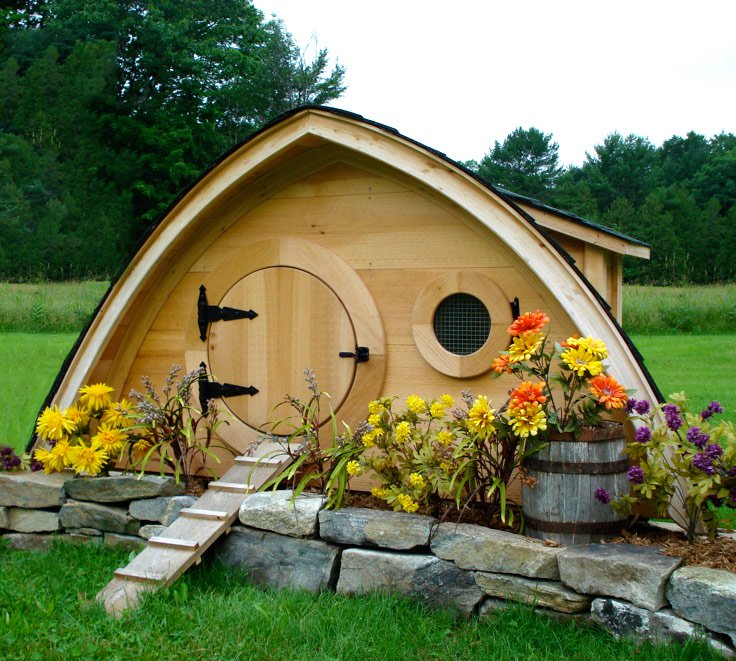 hobbit hole chicken coop small. Black Bedroom Furniture Sets. Home Design Ideas