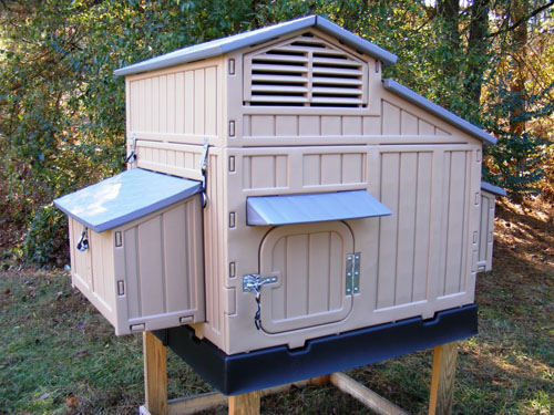 formex large snap lock chicken coop up to 8 chickens. Black Bedroom Furniture Sets. Home Design Ideas