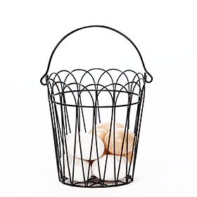 Wire Basket with 8 Wooden Eggs
